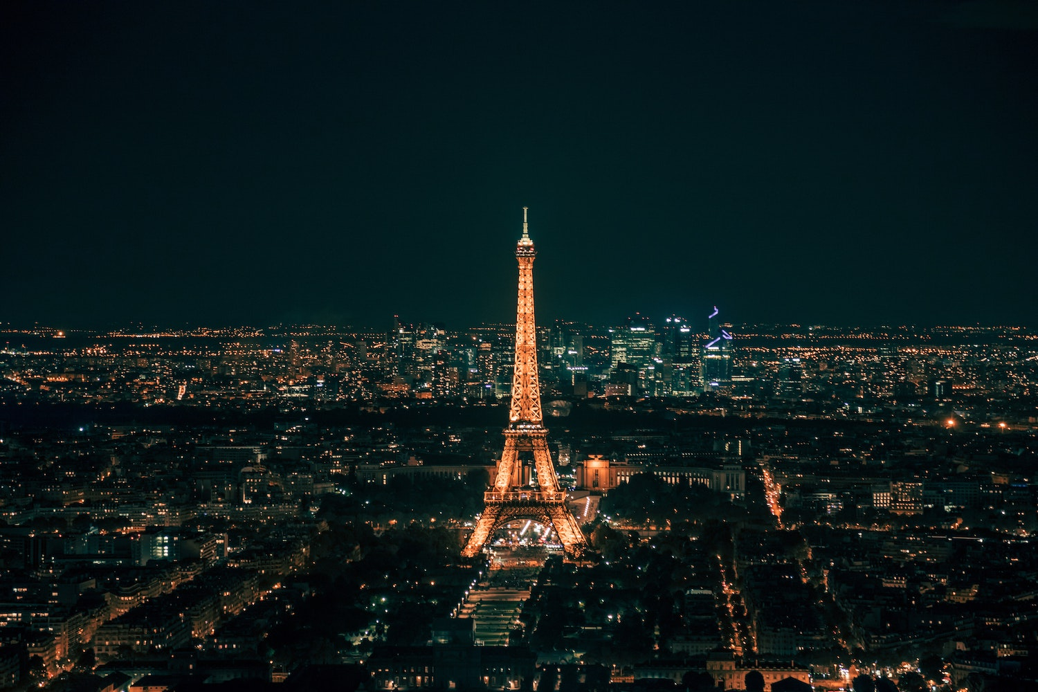 Eiffle Tower during the night